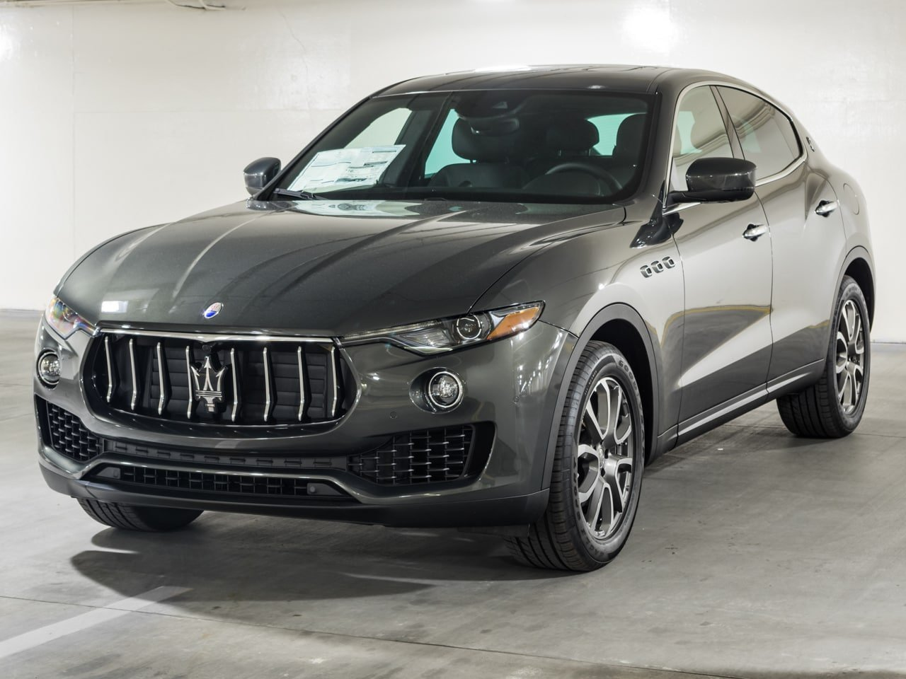 Certified Pre-Owned 2017 Maserati Levante
